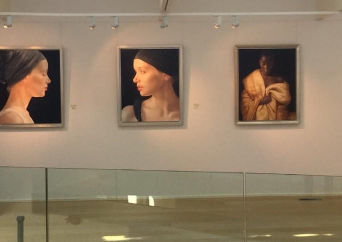 Galerie beneden